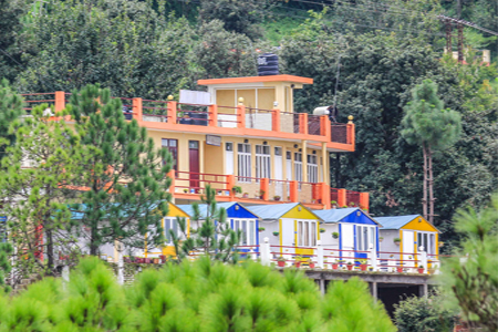 Himvadi Resort in Kausani
